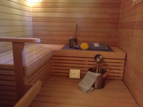 внутри бани